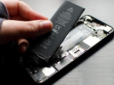 Как заменить аккумулятор на iPhone 5/5C